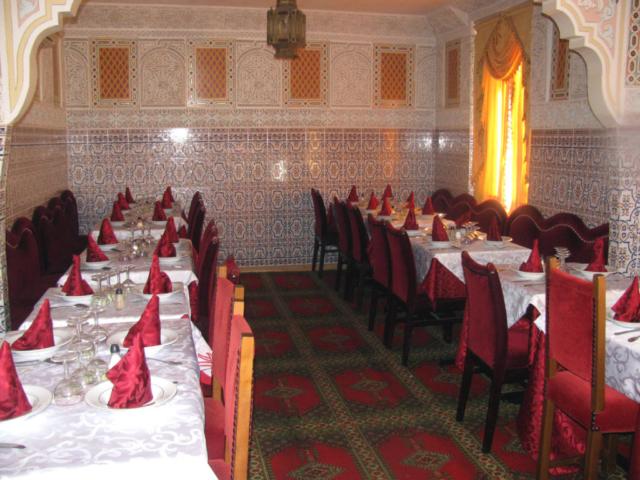 Salle à l'étage du restaurant